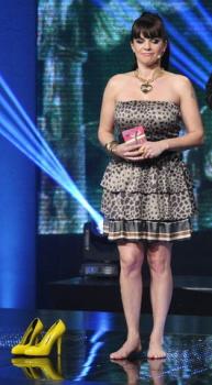 Exkluzivní! Marta Jandová uvádející hudební ceny Anděl 2011 bez bot!